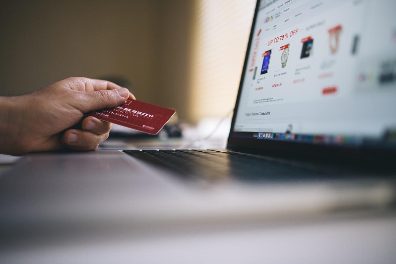 Praca przez internet – bezpieczeństwo